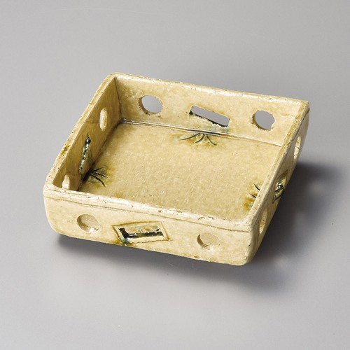 08413-220 黄瀬戸すかし鉢 業務用食器カタログ陶里30号