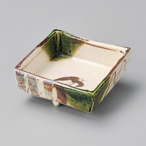 14302-120 織部千鳥4.0四方鉢 業務用食器カタログ陶里30号