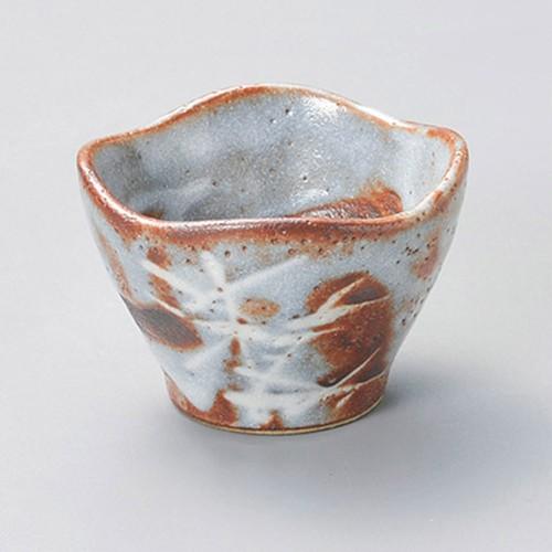 15542-180 銀志野芦(土物)四ツ山2.8小鉢|業務用食器カタログ陶里30号