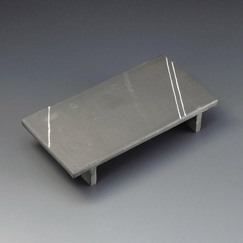 23217-010 炭化土マナ板9.0皿|業務用食器カタログ陶里30号