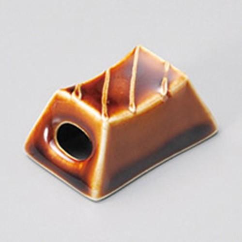 41409-450 アメ一珍筐箸置|業務用食器カタログ陶里30号