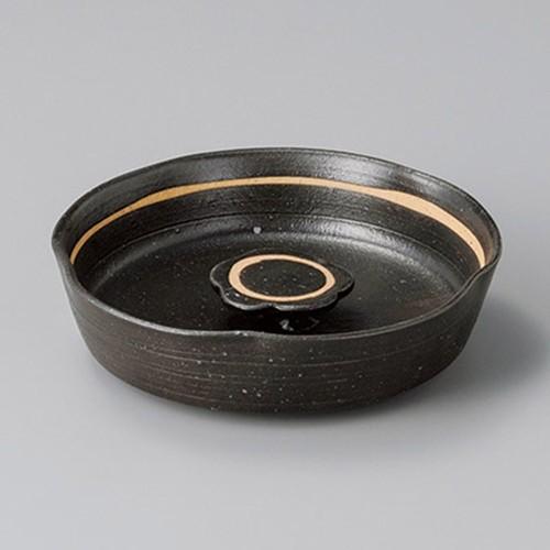 43811-180 黒オリベ花型6寸灰皿|業務用食器カタログ陶里30号