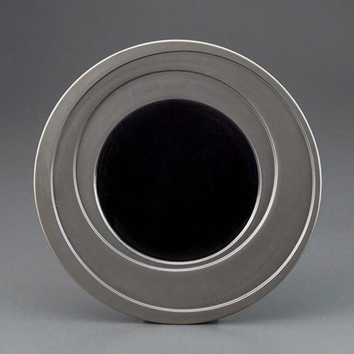 69703-180 乱線 黒釉9.0皿|業務用食器カタログ陶里30号